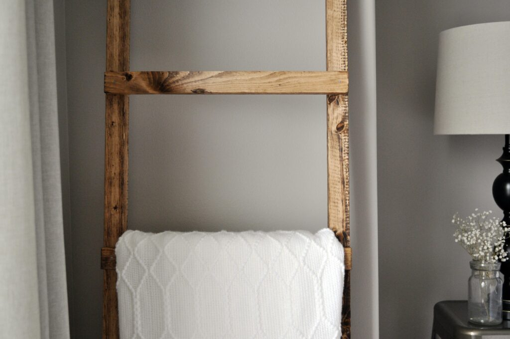 DIY Blanet Ladder
