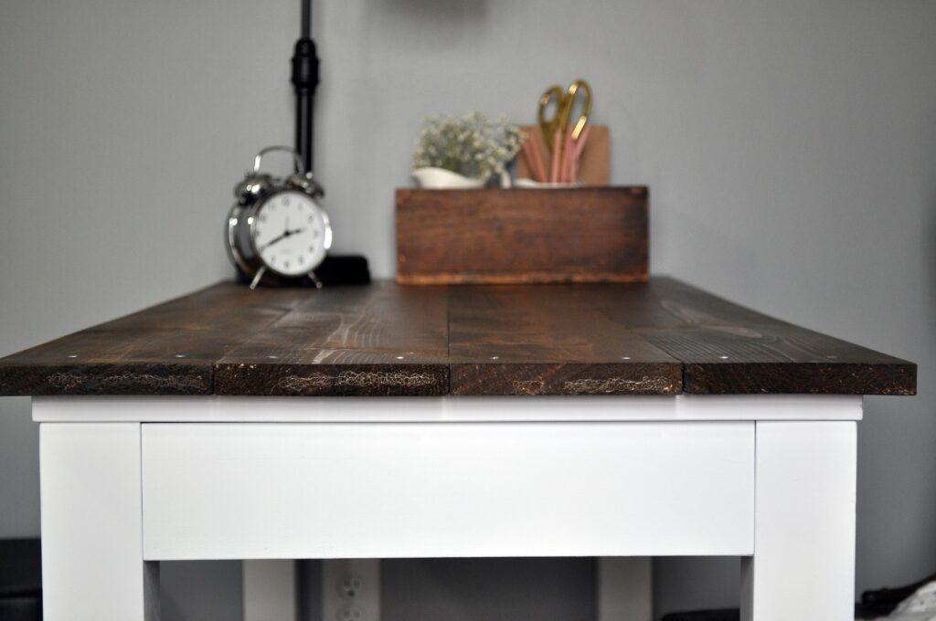 Farmhouse Desk Makeover. 1