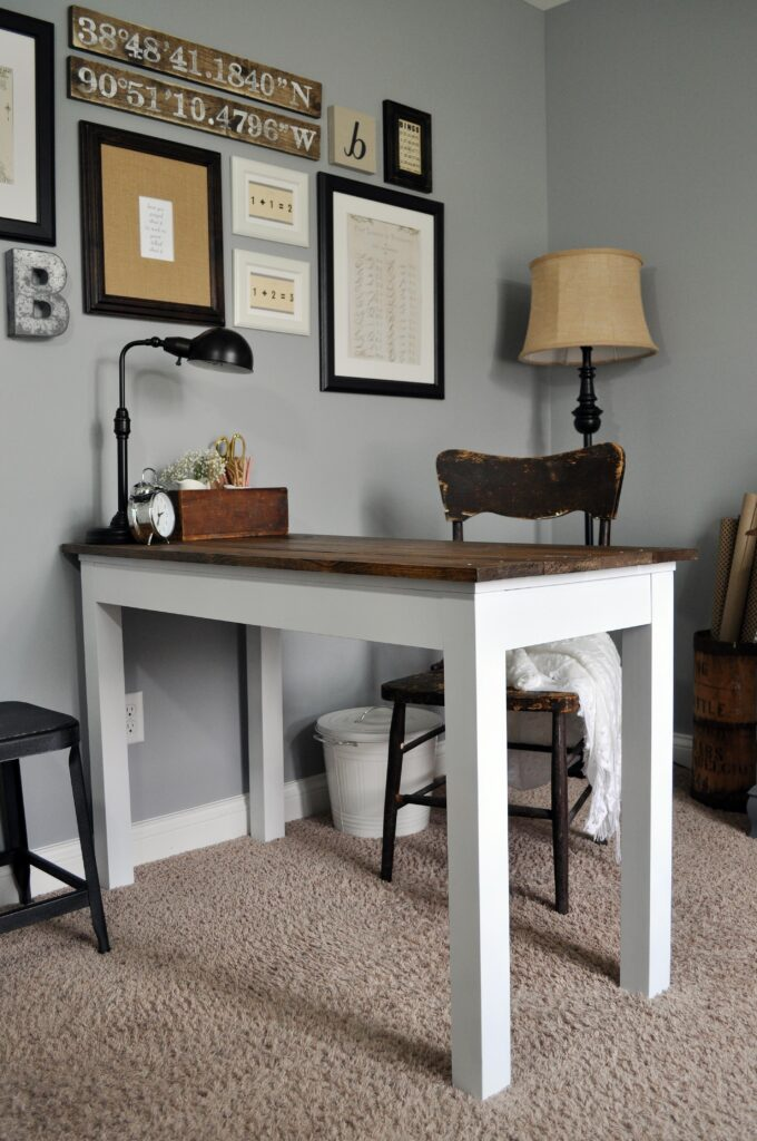 Farmhouse Desk Makeover. 8