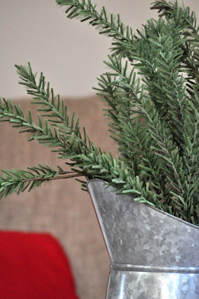 Farmhouse Chrismas Home Tour. Christmas Greenery