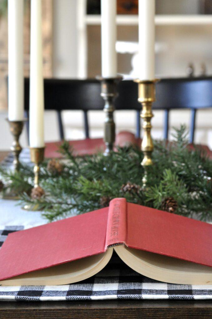 Farmhouse Christmas Home Tour. Red Books