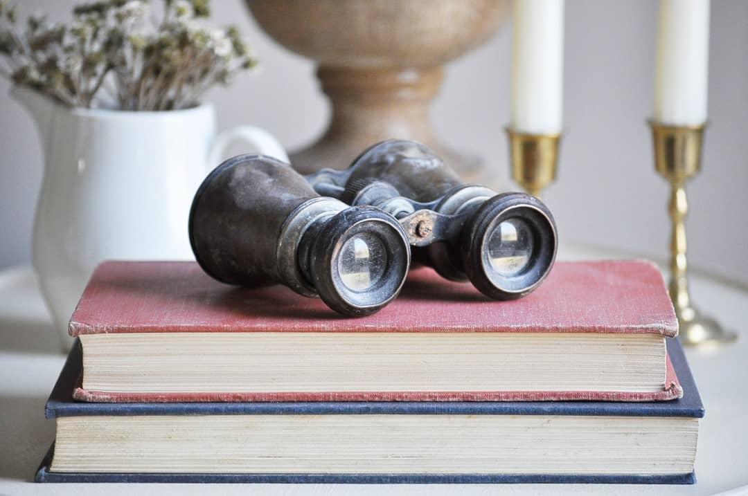 Found Favorites. Decorating with antiques via littleglassjar.com