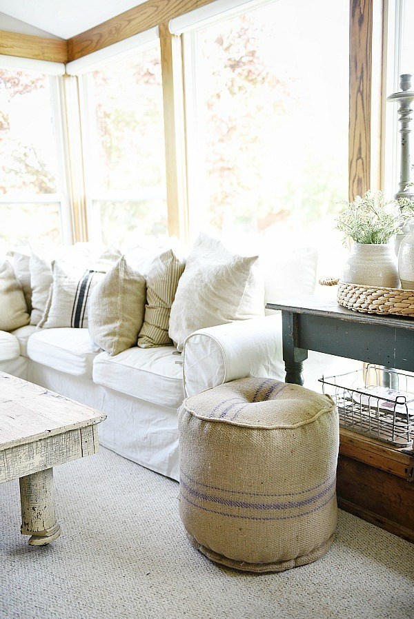 Favorite Farmhouse Style Blogs Little Glass Jar