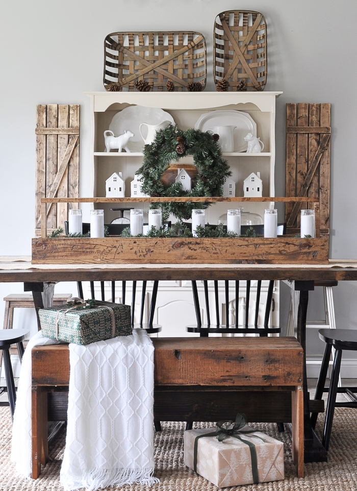 Simple Christmas Dining Room