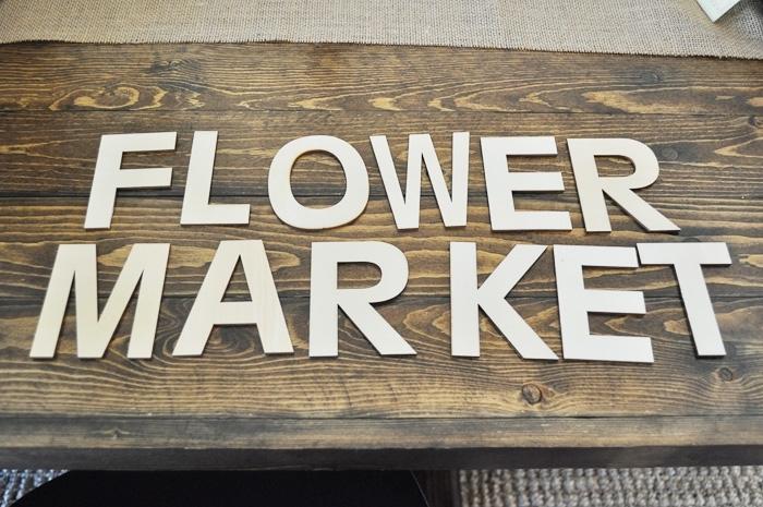 DIY Flower Market Sign via Little Glass Jar