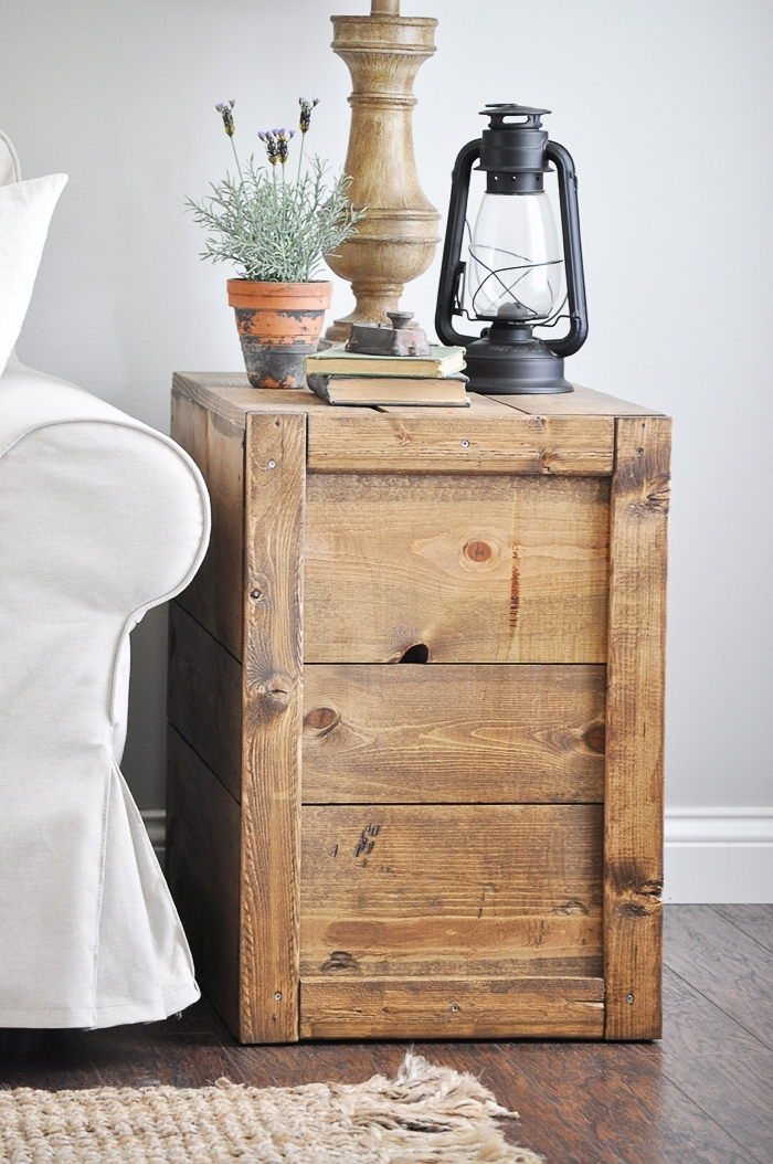 Make these rustic, farmhouse style DIY Crate Side Tables for your living room or bedroom! They are so easy to make! Tutorial here: https://www.littleglassjar.com/2017/04/25/diy-crate-side-tables/