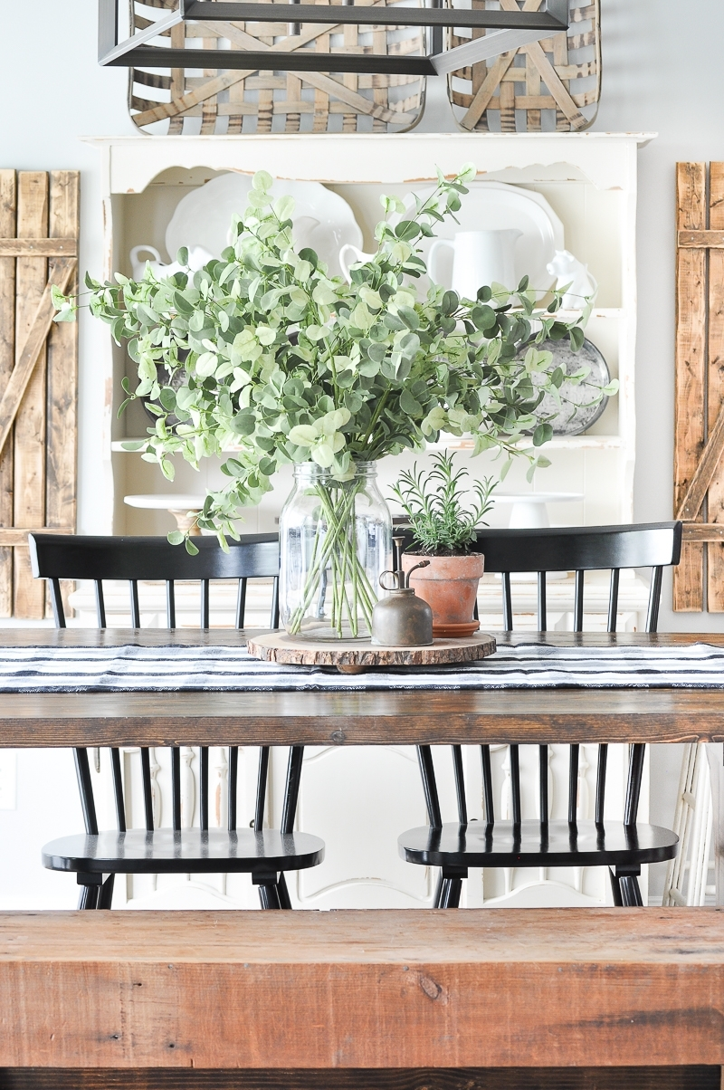 Simple Summer Dining Room