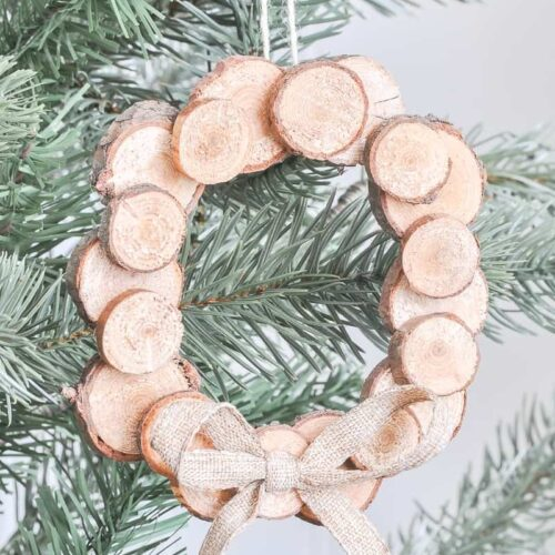 DIY Wood Slice Wreath OrnamentDIY Wood Slice Wreath Ornament