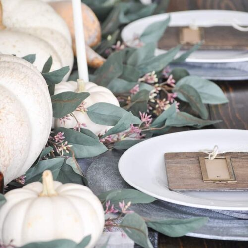Elements of a Festive Thanksgiving Tablescape