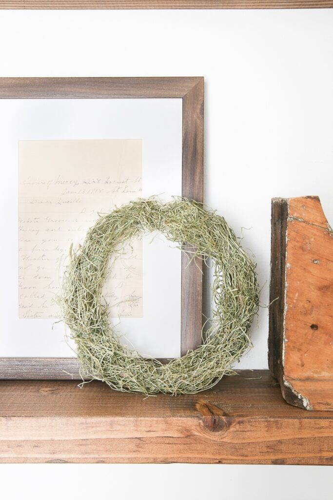 DIY Mini Spring Moss Wreath