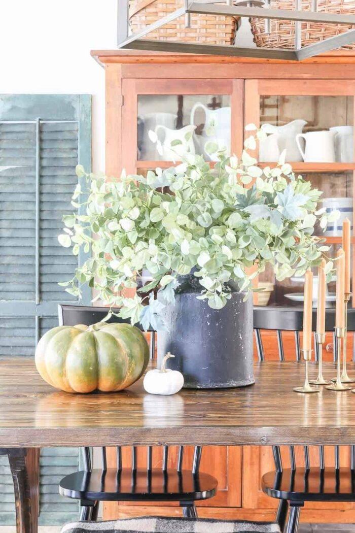 Simple Fall Dining Room