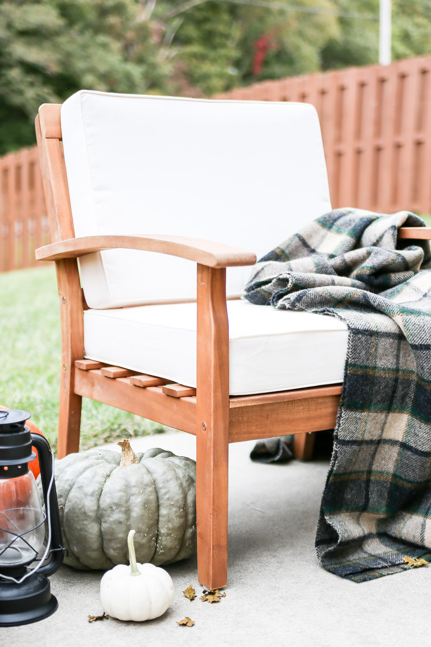 How to Create a Cozy Fall Patio