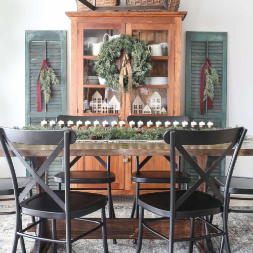 Beautiful Christmas Dining Room