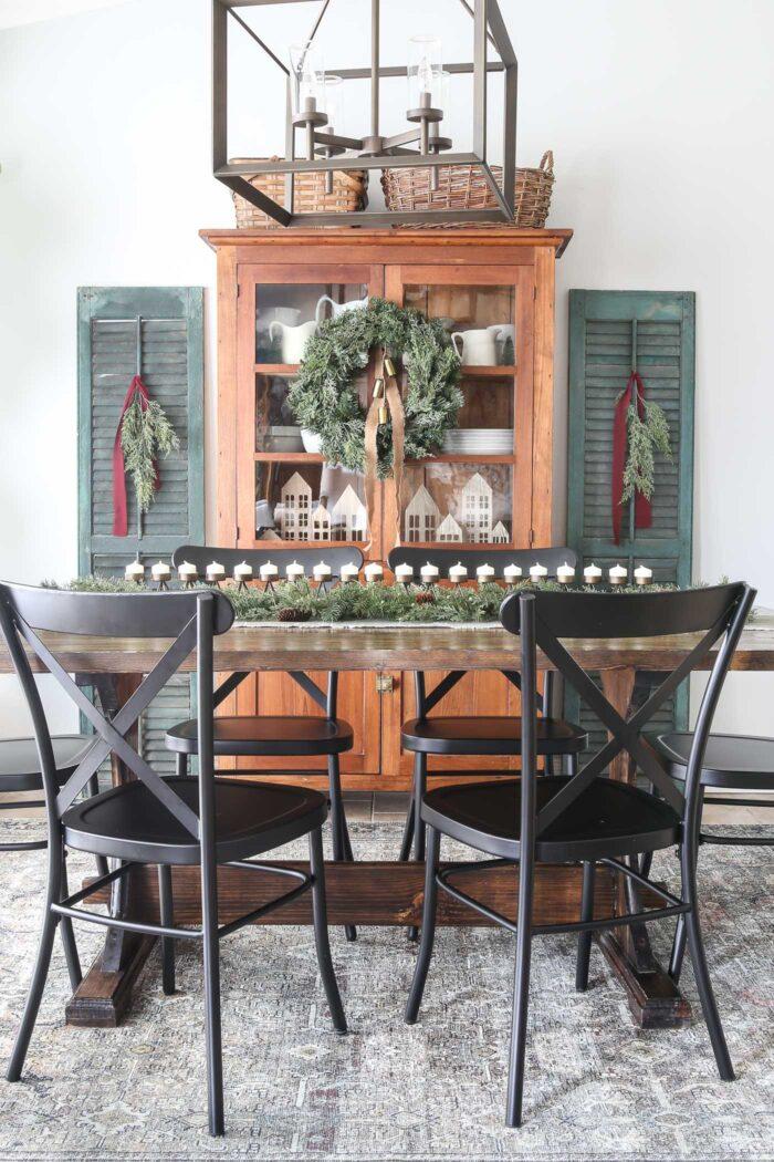 Beautiful Christmas Dining Room
