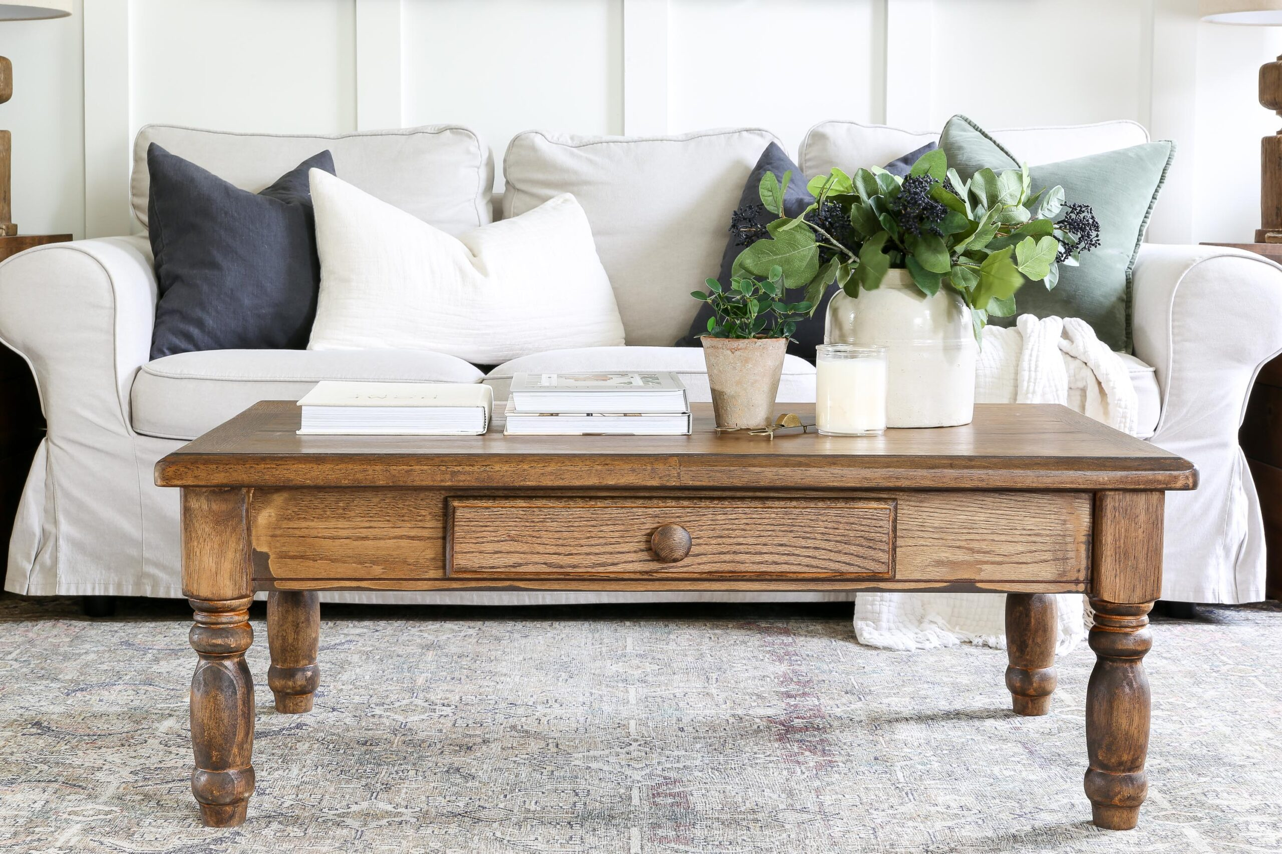 Wooden Coffee Table Makeover