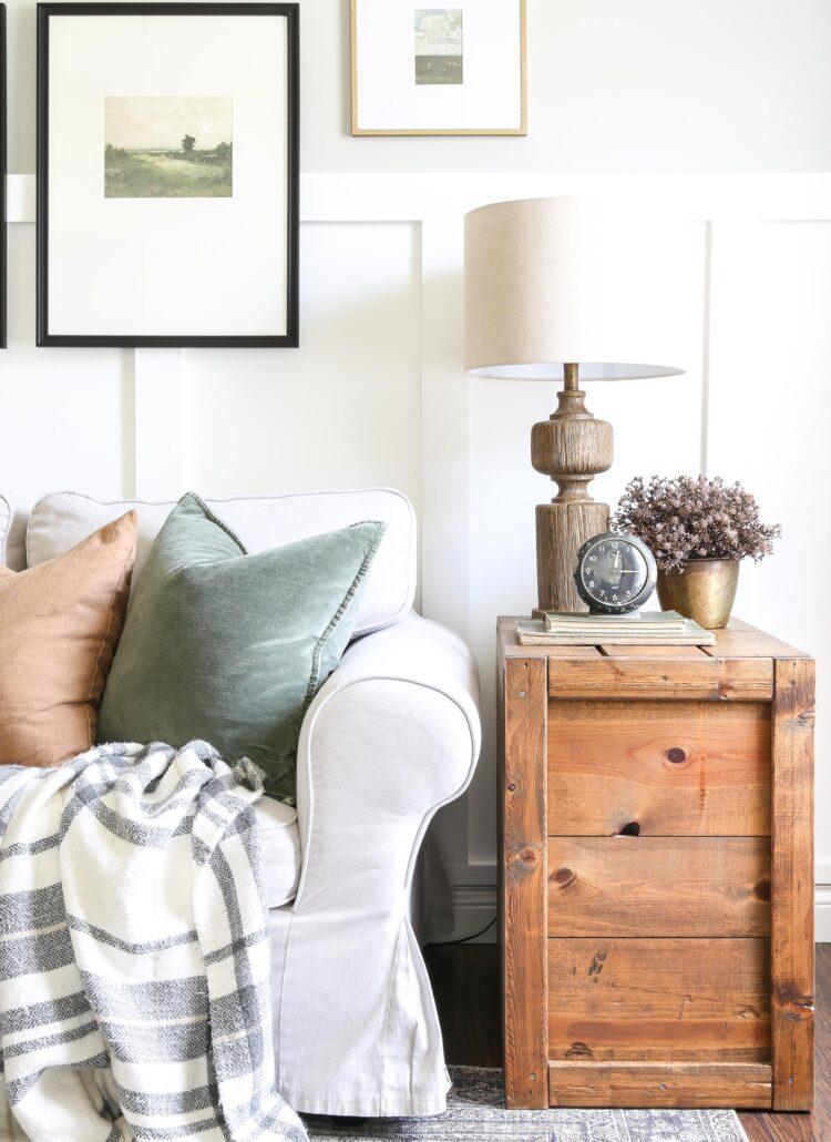 Simple Plaid Fall Living Room